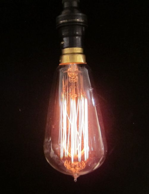 Classic style light bulb